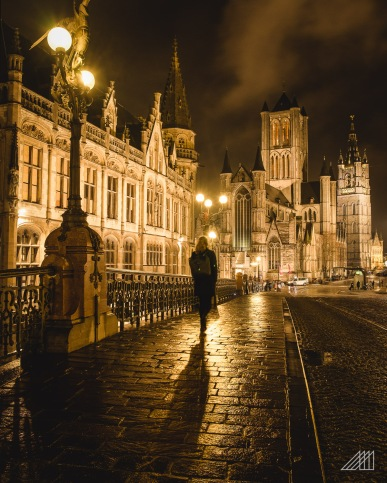 girl walking over bridge night ghent belgium photography roaming ralph