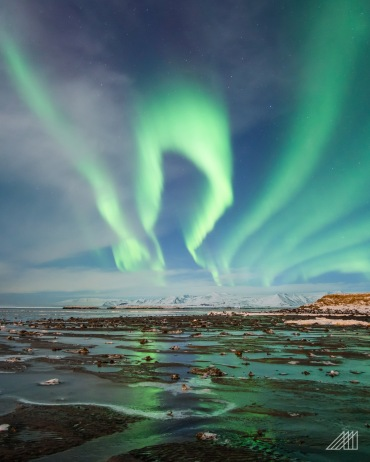 aurora borealis northern lights iceland photography roaming ralph