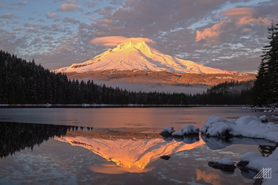 golden hour mt hood trillium lake oregon photography roaming ralph