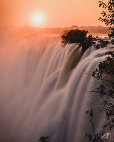 victoria falls sunset zambia photography roaming ralph