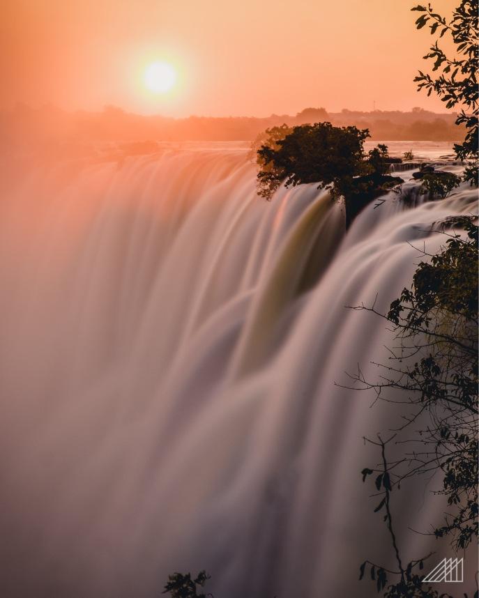 victoria falls sunset zambia photography roaming ralph